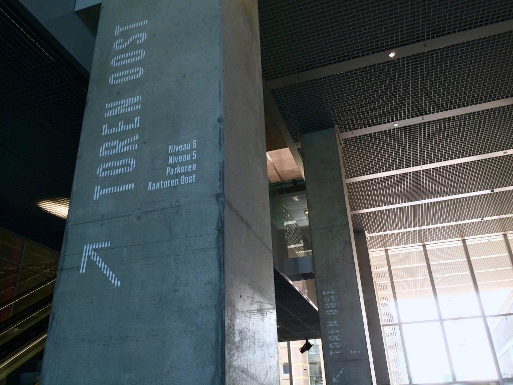 typography-rotterdam-toren-oost